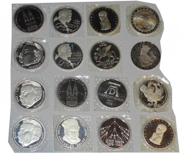 BRD 16 x 5 DM Gedenkmünzen in Polierte Platte