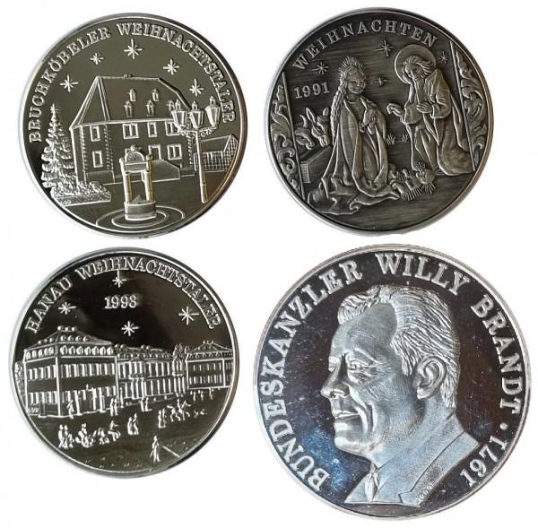 4 Silbermedaillen 65 gr 999/1000 Feinsilber ( 3 x Weihnachtstaler 1 x Willy Brandt )