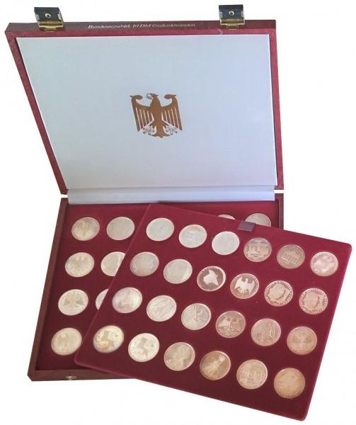 BRD: 48 x 10 DM Silber Gedenkmünzen in Münzkassette