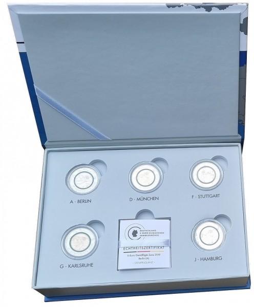 BRD: 5 x 5 Euro Gemäßigte Zone ADFGJ 2019 Stempelglanz in LED - Kassette