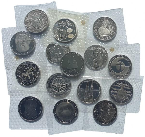 BRD 5 DM Münzen ab 1980 Polierte Platte in Noppenfolie